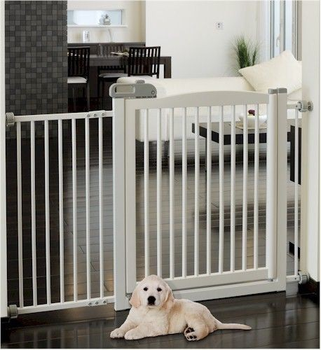 Richell Extra Wide Tension Mount Pet Gate   White Color