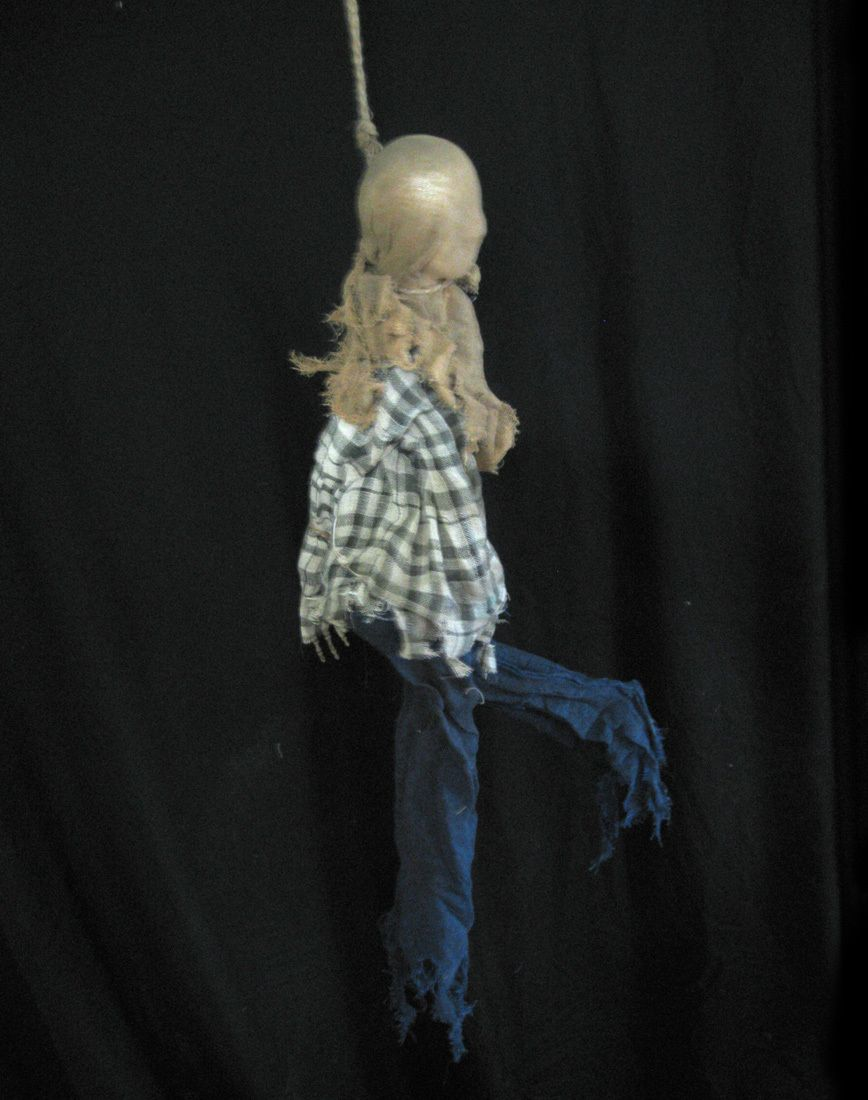 Hanging Man Kicking Legs Sound Scary Halloween Party Prop 3 Feet Long